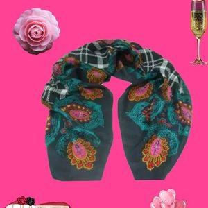 Diane Von Furstenberg 1995 Vintage Silk Scarf